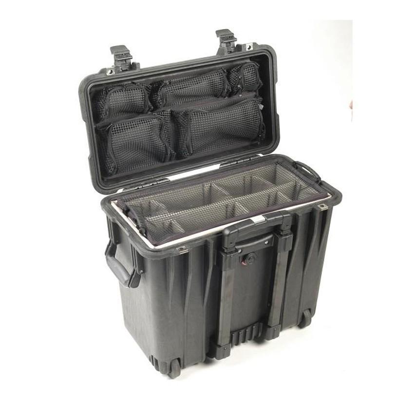 c470f4d539 ... Valise étanche à roulettes 1440 PELI pour ordinateur portable 17 ...